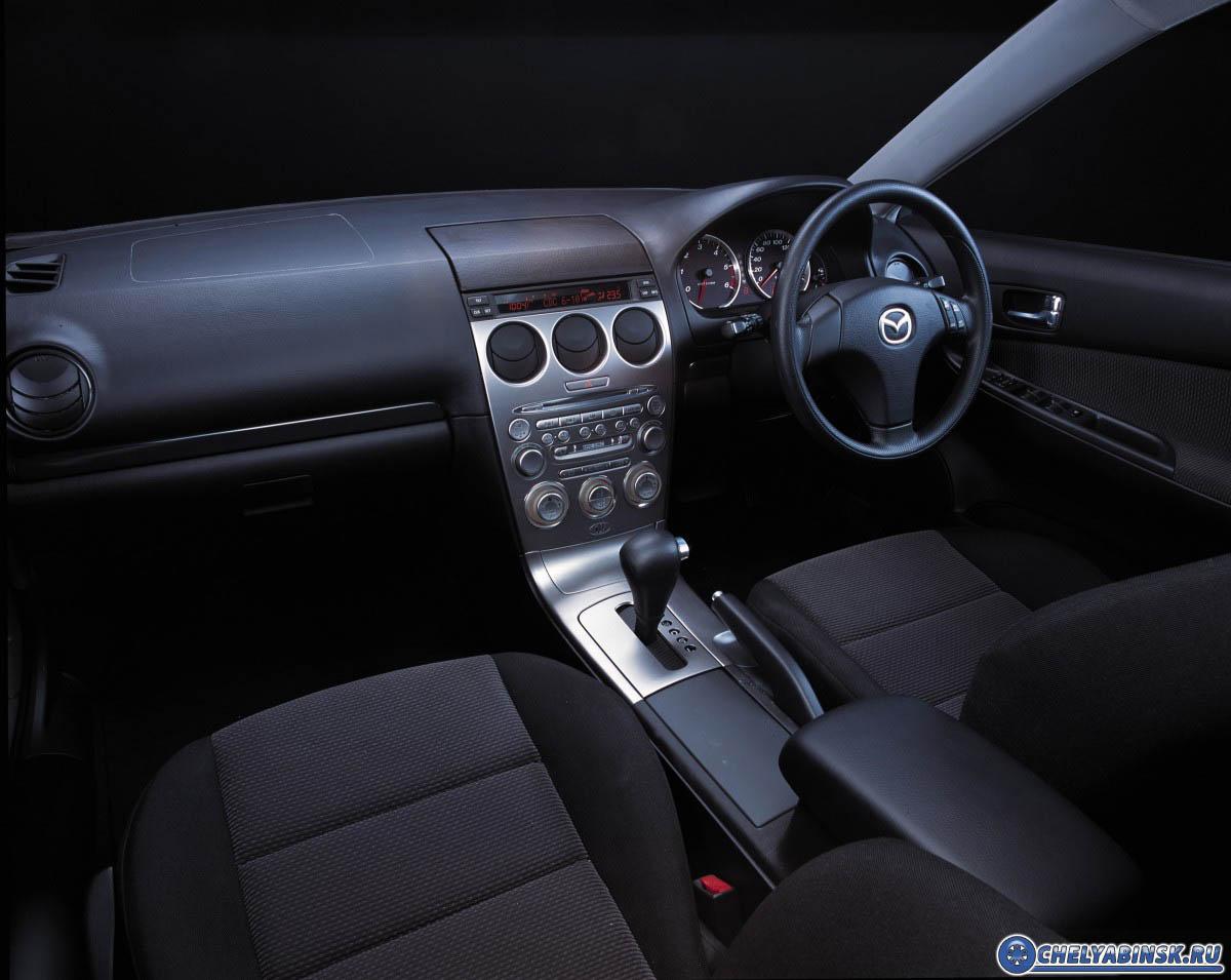 Mazda 626 2.0i-16V