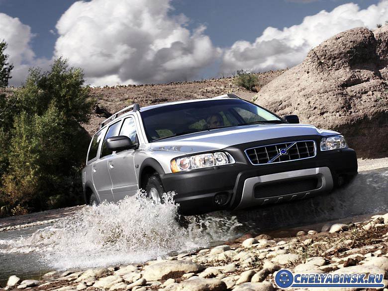 Volvo XC 70 AWD 5D 2.. 4